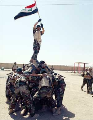 Photo of الجيش الأميركي ينهي عملياته القتالية في العراق ويطلق «الفجر الجديد»