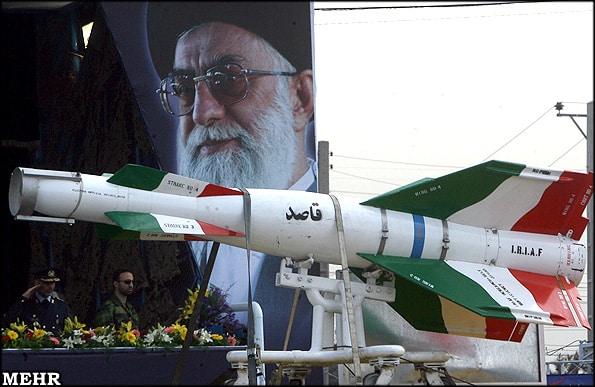Photo of إيران تختبر جيلاً جديداً من القنابل الذكية قاصد 2