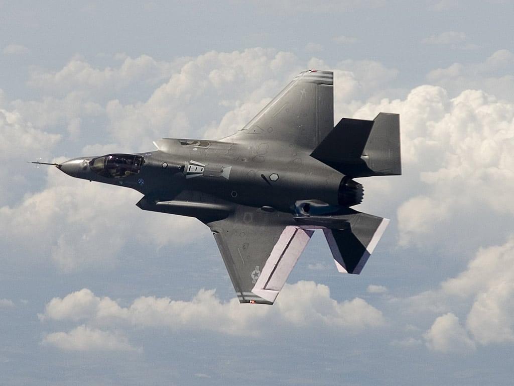 Photo of كوريا الجنوبيه قد تصنع قطع مقاتله الأف- 35 الأمريكيه