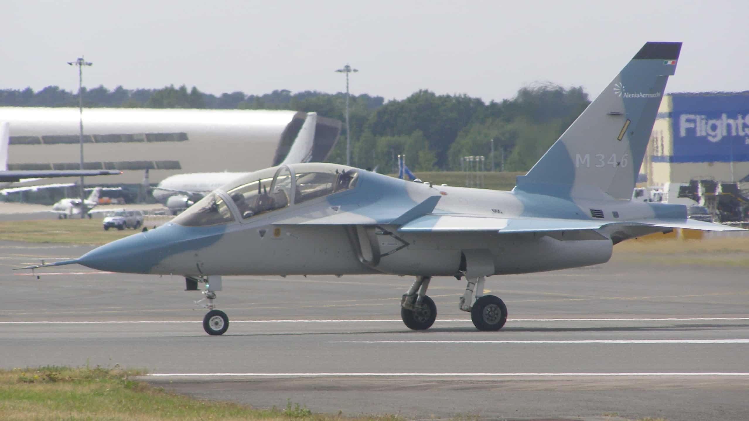 Photo of إسرائيل تختار شراء طائرات تدريب عسكرية من إيطاليا