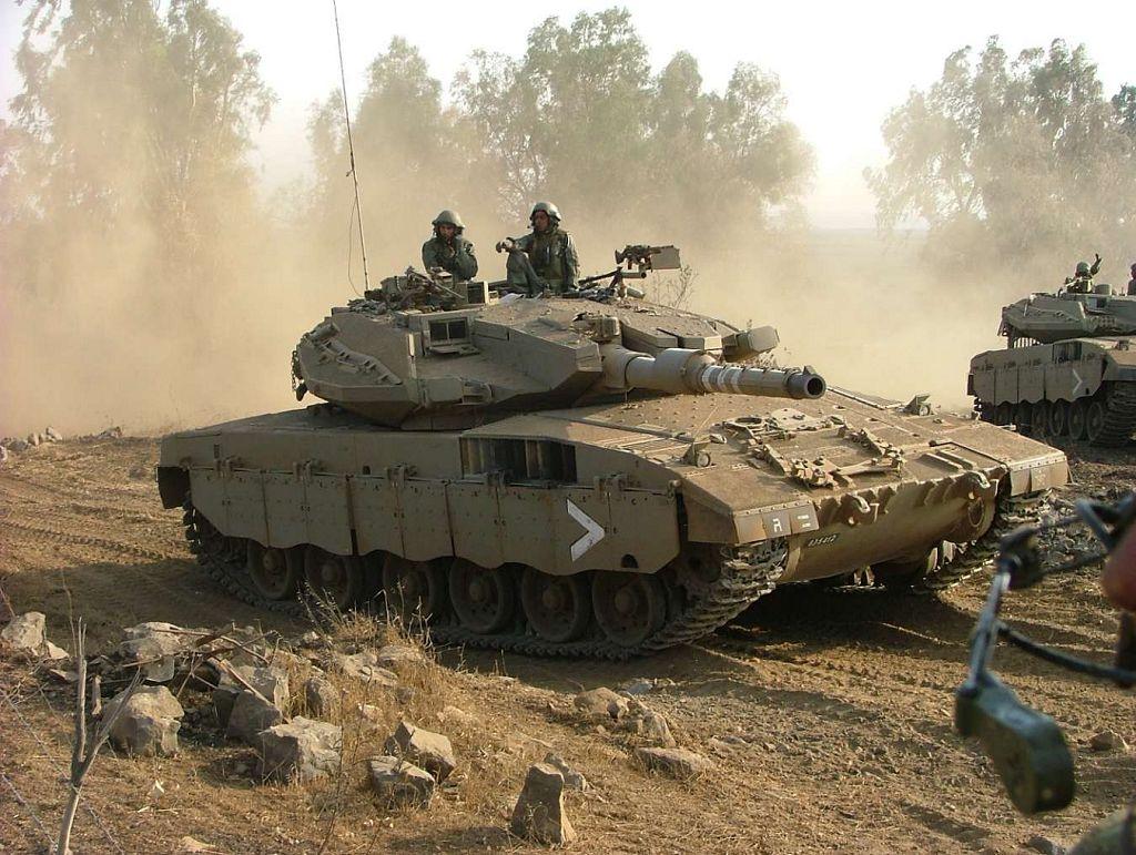 Photo of مناورات إسرائيلية جنوب لبنان وسوريا