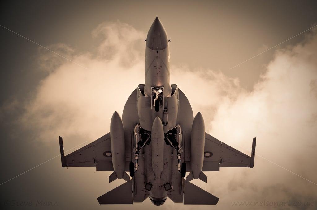 Photo of باكستان تبحث عن مشترين لمقاتلتها JF-17