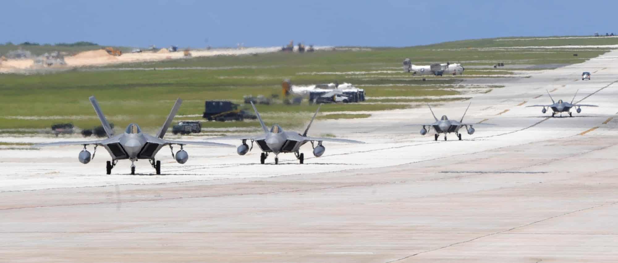 Photo of F-22 Raptors تبدأ  الانتشار في غوام خلال أيام
