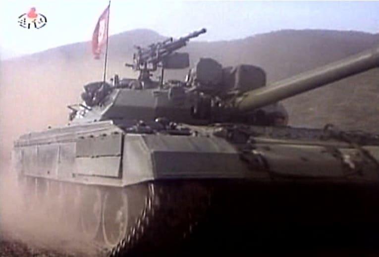 Photo of كوريا الشمالية تكشف عن دبابة قتال جديدة