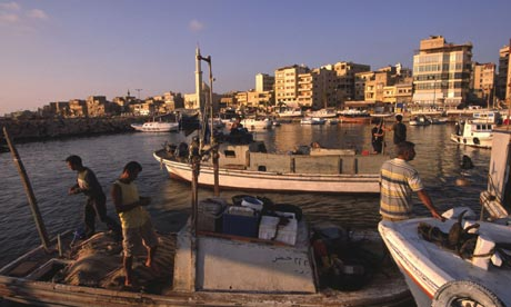 Photo of روسيا توسع نقطة مرابطة سفنها الحربية في ميناء طرطوس السوري