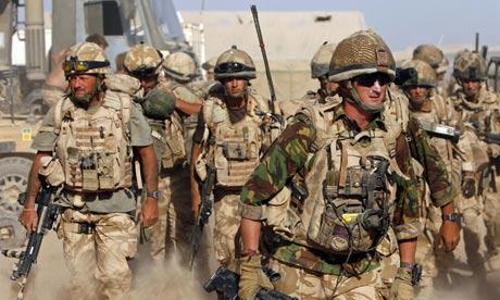 Photo of مئات الجنود البريطانيين قد يسرحون بعد عودتهم من أفغانستان