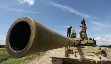 Совместные тактические учения с боевой стрельбой танкистов и мотострелков Балтийского флота