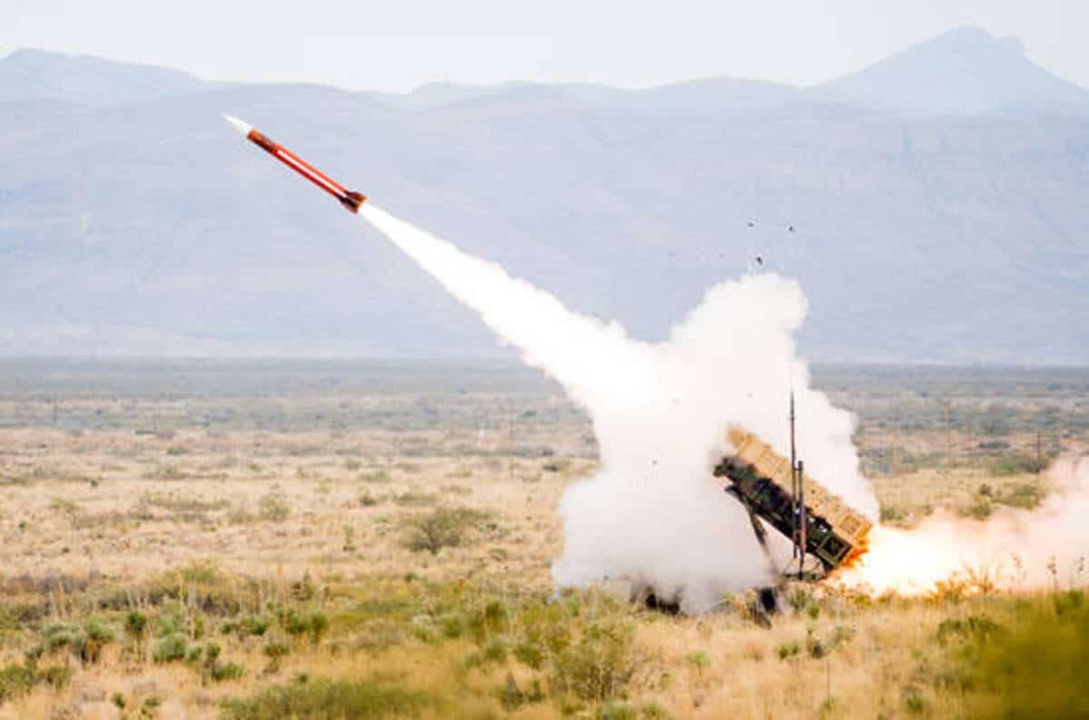 Photo of مالذي أدى لإنحراف صاروخ باتريوت عن مساره؟