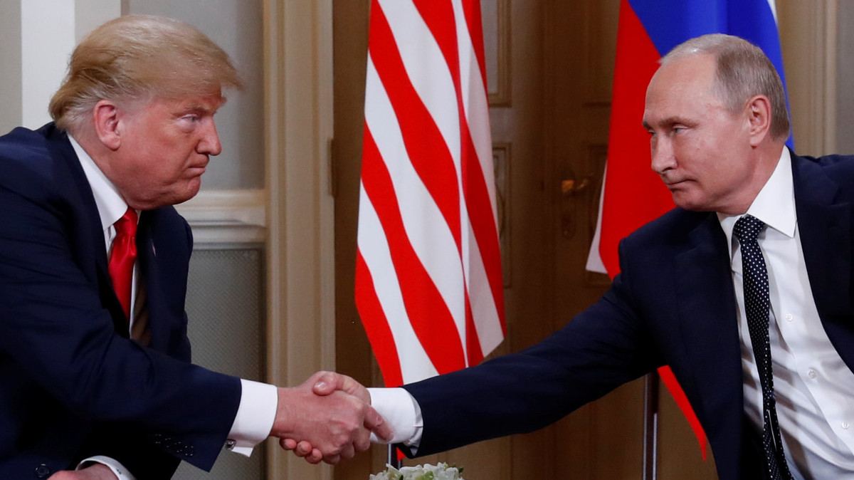 "Photo of قمة هلسنكي.. ترمب يأمل بـ""علاقة استثنائية"" مع روسيا"