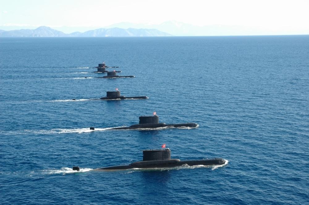 Photo of بالفيديو لحظة إغراق الحاملة A-573 Sadettin Gûrcom من طرف الغواصة التركية Ay-Class 2009/1200