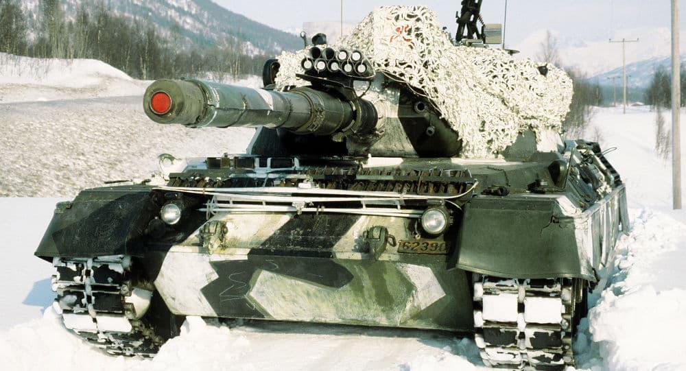 """Photo of مقارنة بين دبابة """"تي-72"""" السوفيتية ودبابة """"ليوبارد"""" الألمانية"""