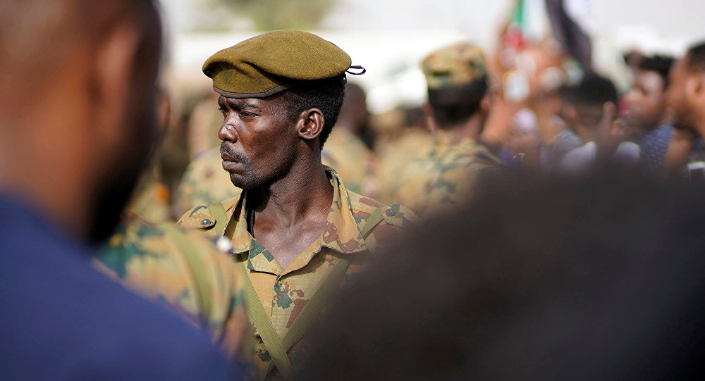 Photo of بعد الإنقلاب العسكري في السودان تعين وزير الدفاع رئيسا مؤقتا