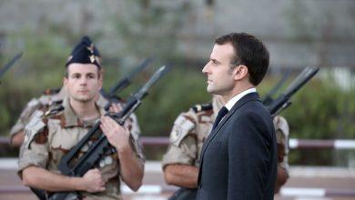"Photo of فرنسا تمد قوات ""حفتر""بالأسلحة والزوارق"