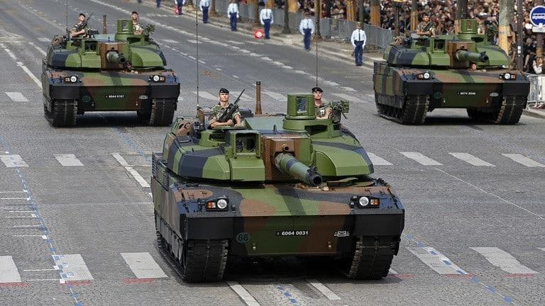 Photo of فرنسا تدعم قواتها عند حدود روسيا في البلطيق
