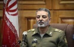 Photo of قائد الجيش الإيراني يطالب الجيش بالإستنفار التام