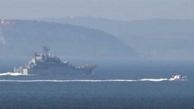 Photo of سفن إنزال روسية بحمولة ثقيلة تتجه إلى سوريا