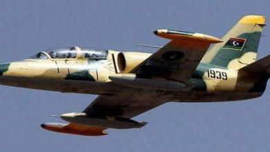 Photo of طائرات الجيش الليبي تقصف مليشيا الوفاق قرب مطار طرابلس