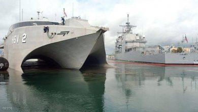 Photo of الصين ترفض رسو سفن عسكرية أمريكية في هونغ كونغ