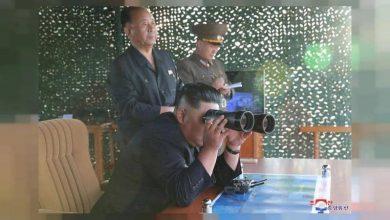 "Photo of كوريا الشمالية تطلق ""صواريخ الأنابيب العملاقة"""