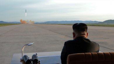 Photo of كوريا الشمالية تطلق صواريخ متطورة (فيديو)