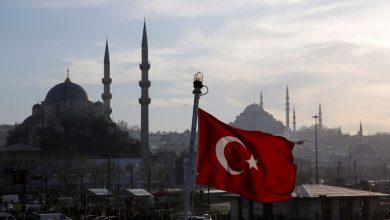 Photo of تركيا ترفض نقل نقاط المراقبة من إدلب وسوريا تقصف رتلا تركي