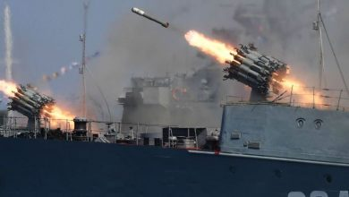 "Photo of شاهد إطلاق صواريخ ""أوران"" المدمرة من سفينة ""سميرتش"""