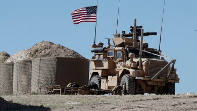 Photo of أمريكا ستحتفظ ببعض قواتها  قرب القرى المحاذية لحقول النفط في سوريا