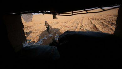 Photo of إيران تحفر أنفاقا ضخمة في إحدى قواعدها العسكرية بشرق سوريا