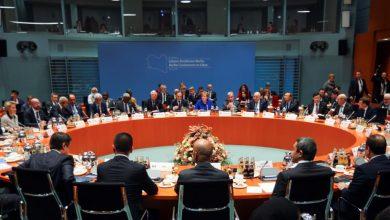 Photo of المجتمعون في مؤتمر برلين يدعون لنزع سلاح ميليشيات ليبيا