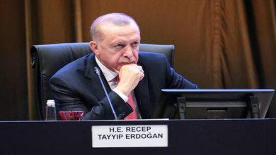 Photo of أردوغان..حفتر الانقلابي فر هاربا وسألقنه درسا إن لم يوقف هجومه !!