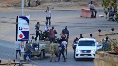 Photo of إنقلاب مخابراتي في السودان والبرهان يعلن السيطرة على مقرات جهاز المخابرات..فيديو