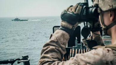 Photo of سفن حربية إيرانية تتسبب بمضايقات خطيرة للبحرية الأمريكية في الخليج..فيديو
