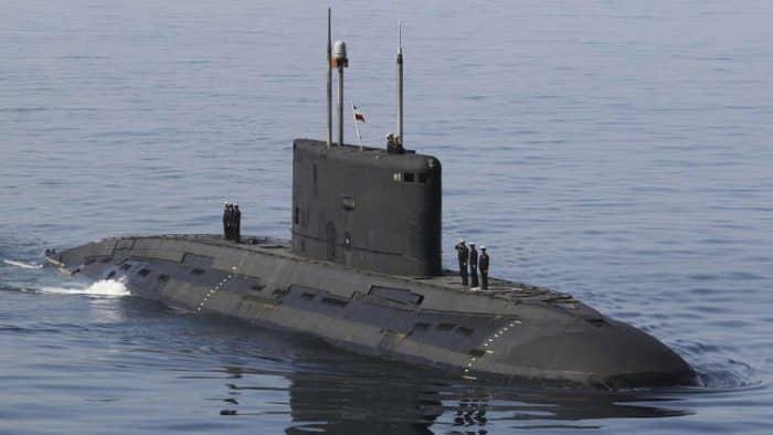 الغواصة الإيرانية فاتح .. مميزات وقدرات