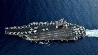 Photo of إستغاثة من حاملة طائرات أمريكية والبنتاغون يرفض الإخلاء