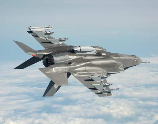 """تصنيف هندي لأقوى المقاتلات الحربية يستبعد """"إف-35"""""""