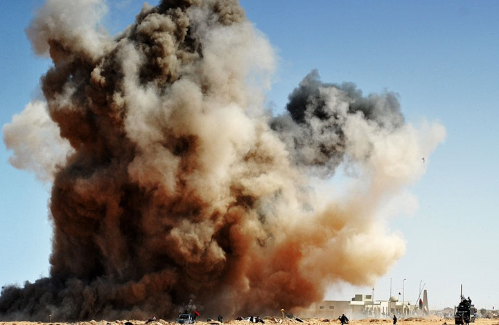 """الجيش الليبي يستولي على منظومة """"بانتسير"""" بعد سيطرته على الوطية..فيديو"""