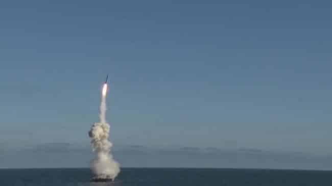 """صواريخ """"تسيركون"""" المرعبة تدخل الخدمة فعليا في 2021"""