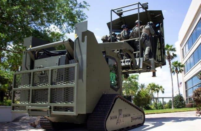 Rook مركبة مدرعة من أجل الدخول القسري إلى المباني