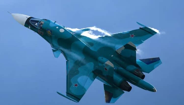 """شاهد فيديو مذهل لمقاتلة """"سو-34"""" وهي تلقي القنابل الخرسانية"""