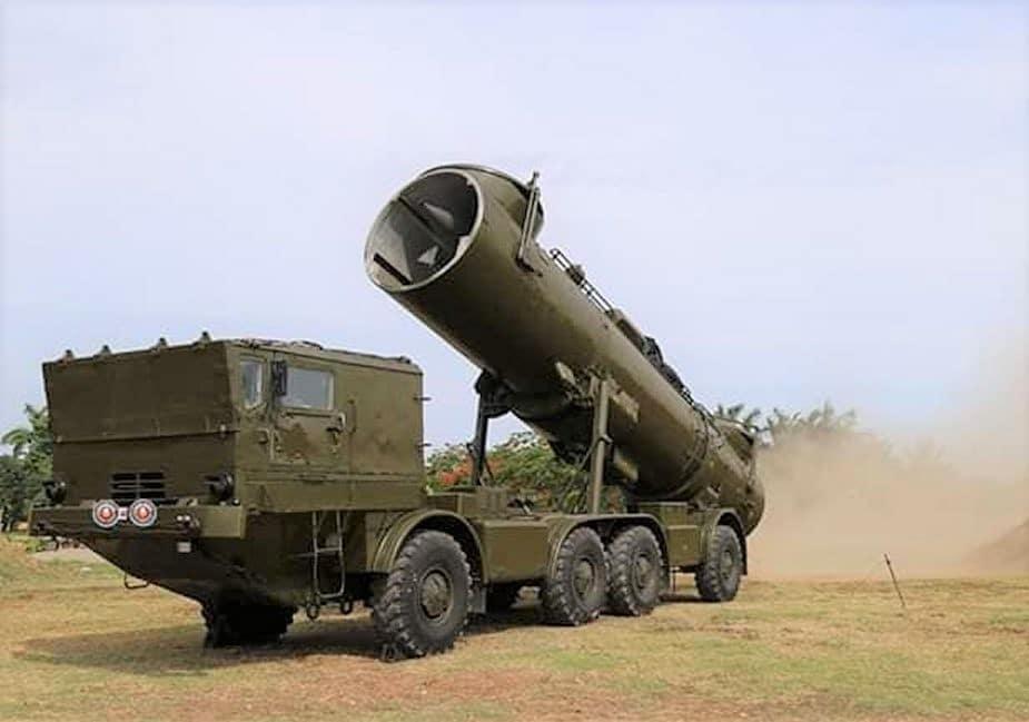 تدريب بالذخيرة الحية للصاروخ الفيتنامي 4K44 Redut-M