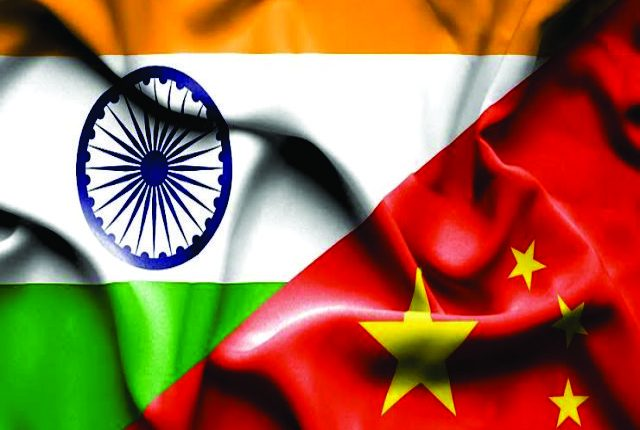 الهند تنشر دبابات قتالية رئيسية أقرب إلى الحدود الصينية