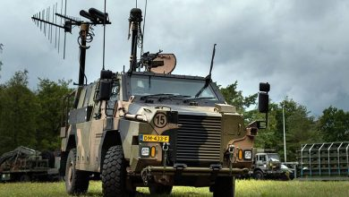 Photo of تعرف على مركبة الحرب الإلكترونية الجديدة Bushmaster