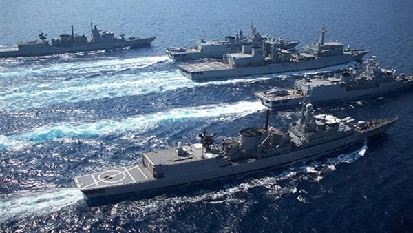 اليونان تنشر بوارج عسكرية في بحر إيجه ردا على تنقيبات تركيا
