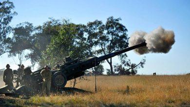 Photo of أستراليا تزود قواتها بمدافع هاوتزر وقاذفات صواريخ ذاتية الدفع