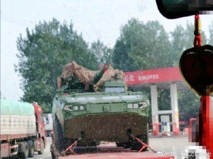 الصين تطور دبابة ذات عجلات