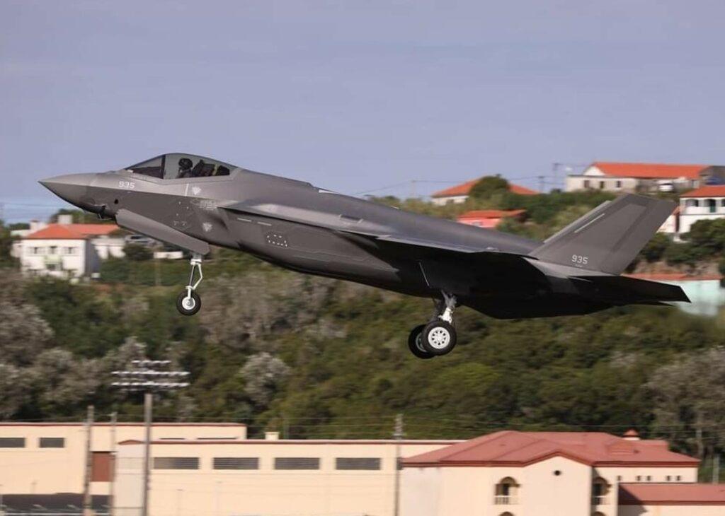 إسرائيل تستقدم 4 مقاتلات شبحية جديدة
