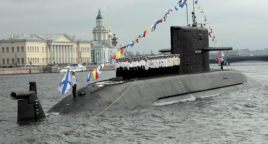 غواصات لادا الروسية الغير نووية من الجيل الرابع...تعرف امكانياتها
