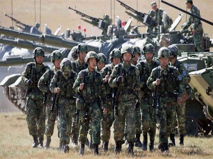 الصين تستعين بمشاهد من أفلام هوليود للترويج لقواتها الجوية