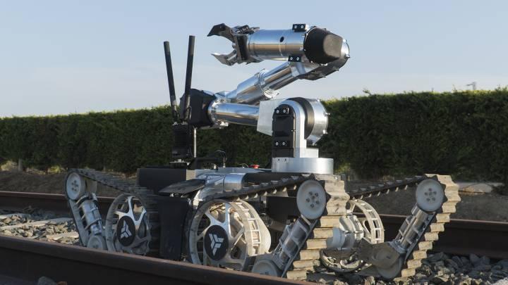 Aunav تكشف عن روبوت التخلص من المتفجرات aunav.NEO بهندسة متغيرة