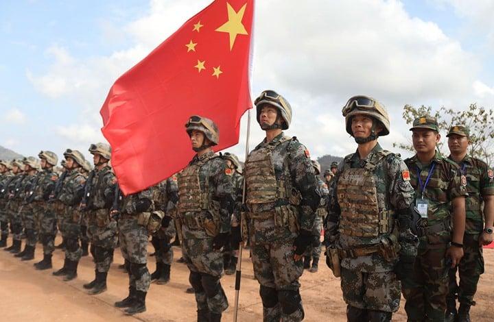 """الباتريوت هل أسقط المقاتلة الصينية """"سوخوي 35""""؟"""